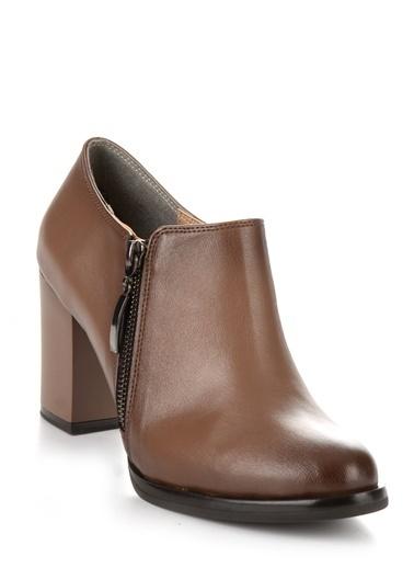 Bambi Kalın Topuklu Ayakkabı Vizon